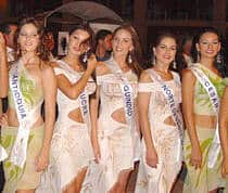 Colombian beauty contestants